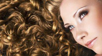 Hogyan ápoljuk a göndör hajat